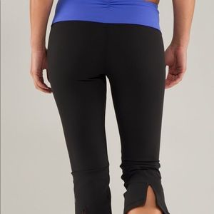 Lululemon gather and crow cropped pant 8 GUC